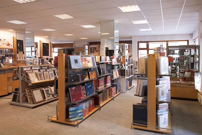 Alben und Rahmenabteilung